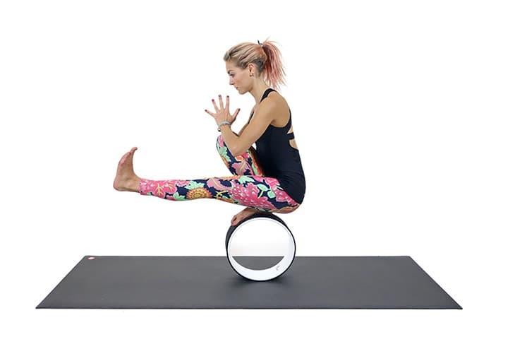 баланс на колесе для йоги