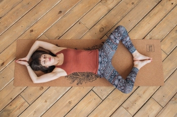 Коврик для йоги LEO пробковое покрытие