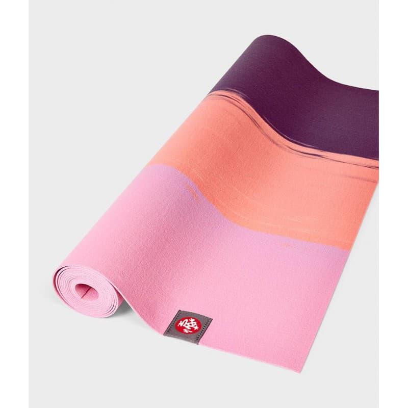 Коврик для йоги Manduka EKO SuperLite Travel Mat 1.5мм Fuchsia stripe