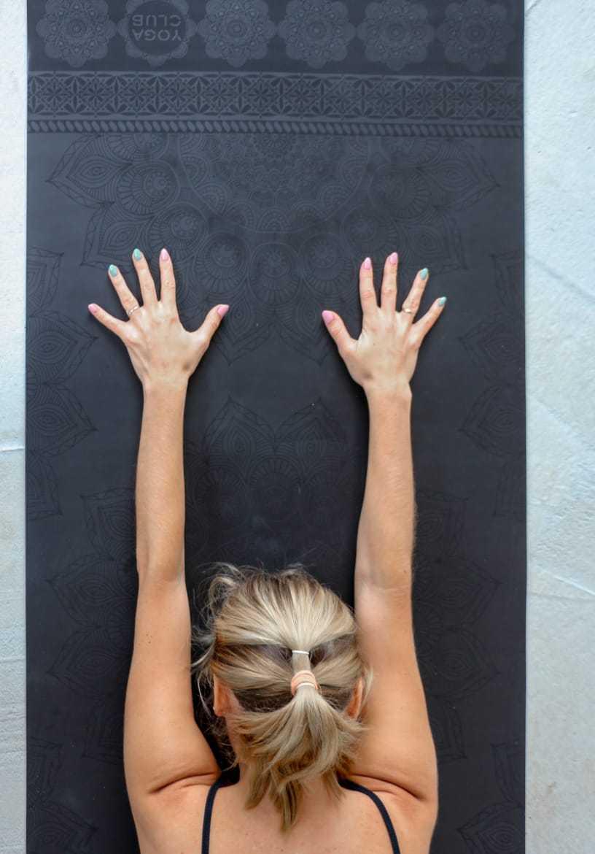 Коврик для йоги MANDALA BLACK TRAVEL 2 мм Yoga Club