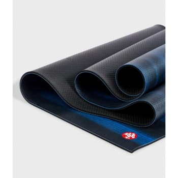 Коврик для йоги PROlite Mat Black Blue Colorfields 4,7 мм 61х180 см Manduka из ПВХ (под заказ из СПб)